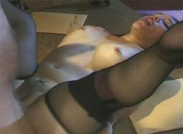 Hot midget fuck action inside !